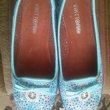 Красивые кожаные туфли-балетки 38 размера