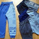 Спортивні штани для хлопчиків. Венгрія.