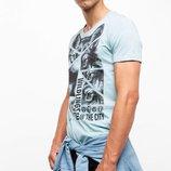 мужская футболка De Facto бледно-голубого цвета с картинкой и надписью на груди