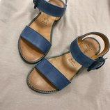 Стильные кожаные босоножки SALE