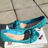 Очень удобные и практичные туфли с открытым носочком 36-40 рр маломерки на размер , 23,0-25,5 см