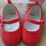 Нарядные туфельки- пинетки gymboree