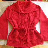 Красная кофта на пуговицах, на 122-128 рост