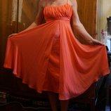 летнее нарядное платье 36р