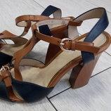 Супер цена Последний размер Новые красивые босоножки на каблуке 38 размер