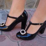 Туфли женские. S-71. натуральная кожа, черные, лак