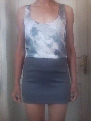 Короткое платье, мини.