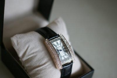 1b93e791 Шикарные женские часы Cartier, отличная реплика Cartier Tank Americaine