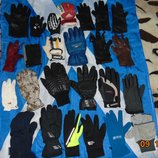 Фирменние безпарние перчатки рукавици варешки .