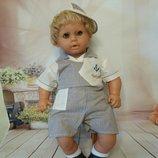 Комплект одежды на куклу