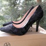 Нарядные и очень красивые Туфли черные классика бархат шпилька каблук туфли лодочки