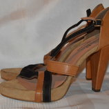 Знижки до 50% босоніжки замш bata розмір 39, босоножки замш