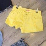 Женские стильные рваные шорты