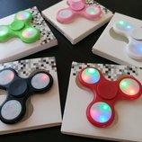 Спиннер. LED светящиеся с кнопками несколько режимов свечения Распродажа