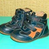 Детские демисезонные ботинки на мальчика р. 24 Tom. M натуральная кожа