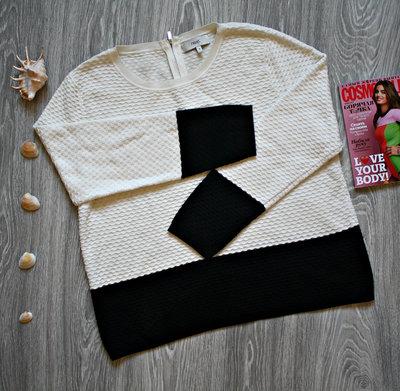 Красивый свитер монохром р. 52