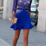 Платье синее с кружевом размер M.