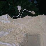 новое белое вискозное платье с кружевом ажурное с кисточками кистями