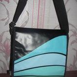 Шикарная черная сумка Zip it bag