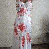 Платье красивенное бренд р.42