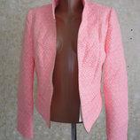 Пиджак красивенный бренд р.48