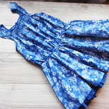легенькое платье на 7-8 лет. фирма Palomino. состояние отличное