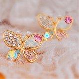 Серьги бабочки с камнями.