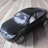 Машинка черная инерционная