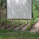 Проекційний екран Oray Tripod, діагональ 170 см