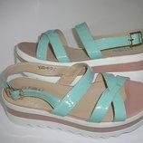 Новые женские сандалии мятного цвета,кожаные,36,37,38,39,40 Киев