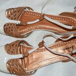 Босоніжки сандалі шкіра bronx розмір 39, сандали босоножки