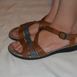 Босоніжки сандалі шкіра розмір 42 41, босоножки сандали кожа