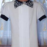 Нарядная блузка с воротничком