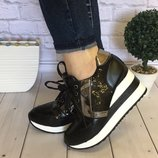 Очень стильные и удобные кроссовки сникерсы на высокой платформе пайетка