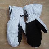 Варежки краги девочке р М 7,5 Thinsulate 40 gram оригинал бело черные