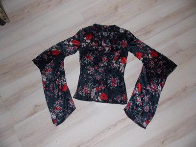 Блузка необыкновенная