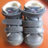 качественные ботинки Ponny baby 22р. 14см натуральная кожа мальчику синие