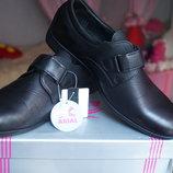 Туфли для мальчика, новые, черные, размеры 31,36,37