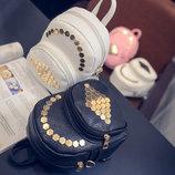 Стильный мини-рюкзак с золотыми заклепками В Наличии