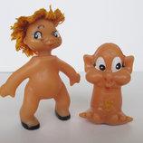 Коллекционные куколка кривоножка и гном.Игрушки Гдр одним набором.
