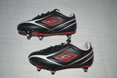 973d8bfa Бутсы Umbro: 100 грн - детская спортивная обувь umbro в ...