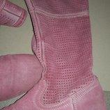 Замшевые розовые сапоги,р-р 39-40 25,5 ,с перфорацией.Италия