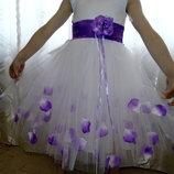 Нарядное платье Лепесток сирень в наличии
