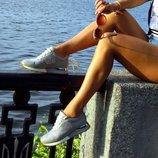 Блестящие кроссовки LV с камнями Swarovski