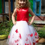 Нарядное платье с бабочками цвет любой