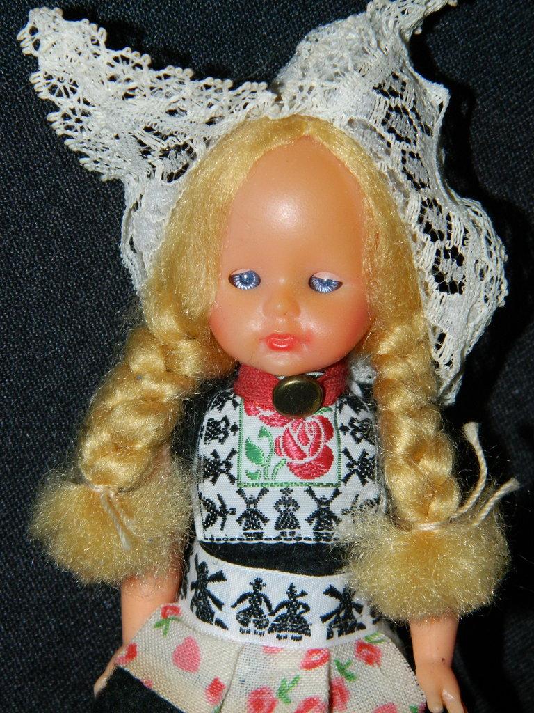 кукла коллекционная Италия мини: 130 грн - куклы, пупсы в Кировограде (Кропивницьком), объявление №13948651 Клубок (ранее Клумба)