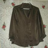Шикарное платье-сарафан в больших черно-серо-белых цветах,впереди под грудью широкая черного цвета л