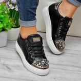 Криперы черные камни на носке
