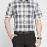 в наличии мужская рубашка LC Waikiki с коротким рукавом белого цвета в темно-светло-серые полоски