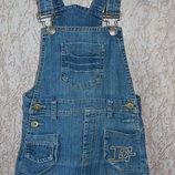 джинсовый сарафан. почти новый 1 размер 110-116